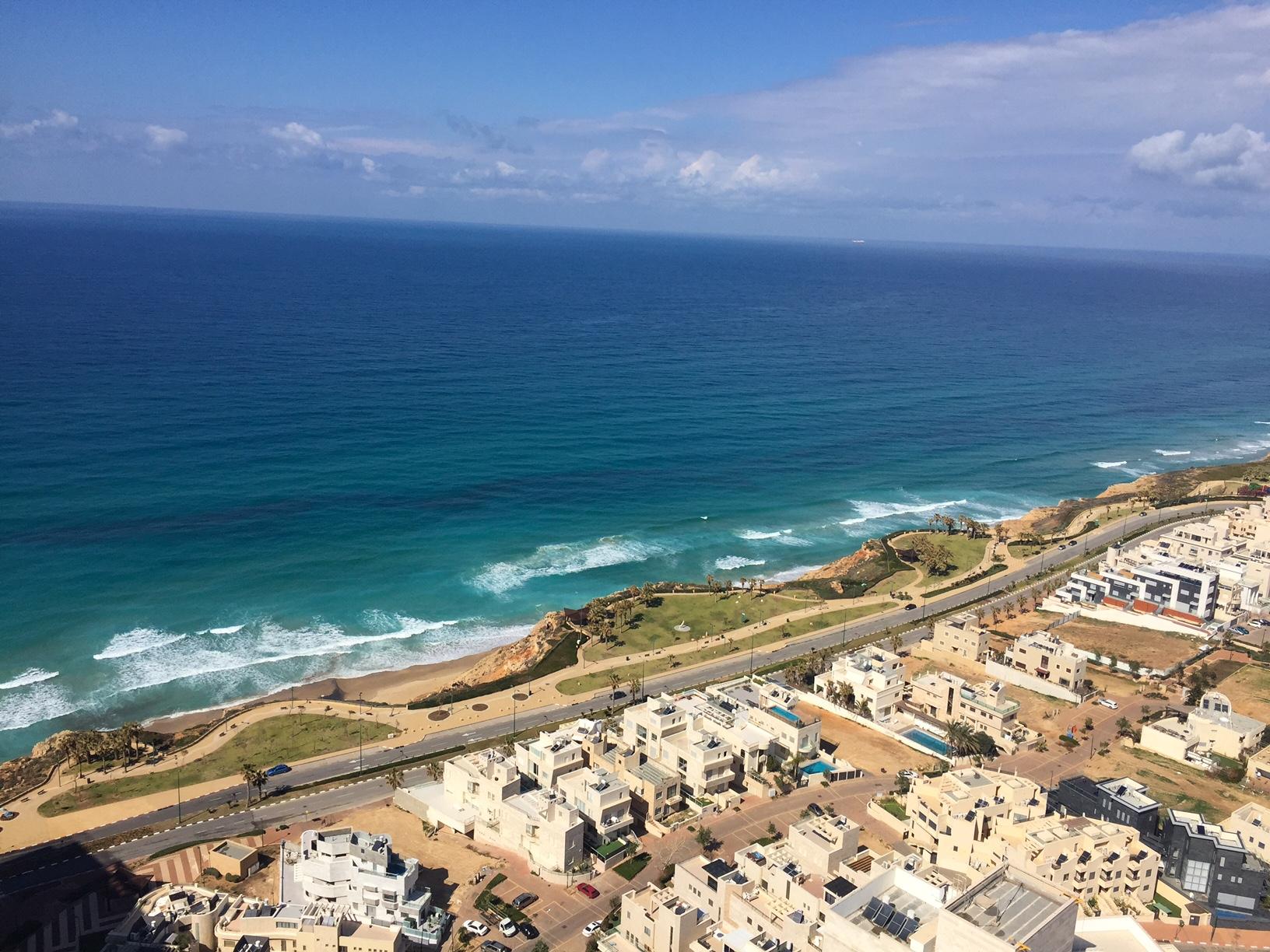 Израиль - спрос на недвижимость и турпоток существенно выросли