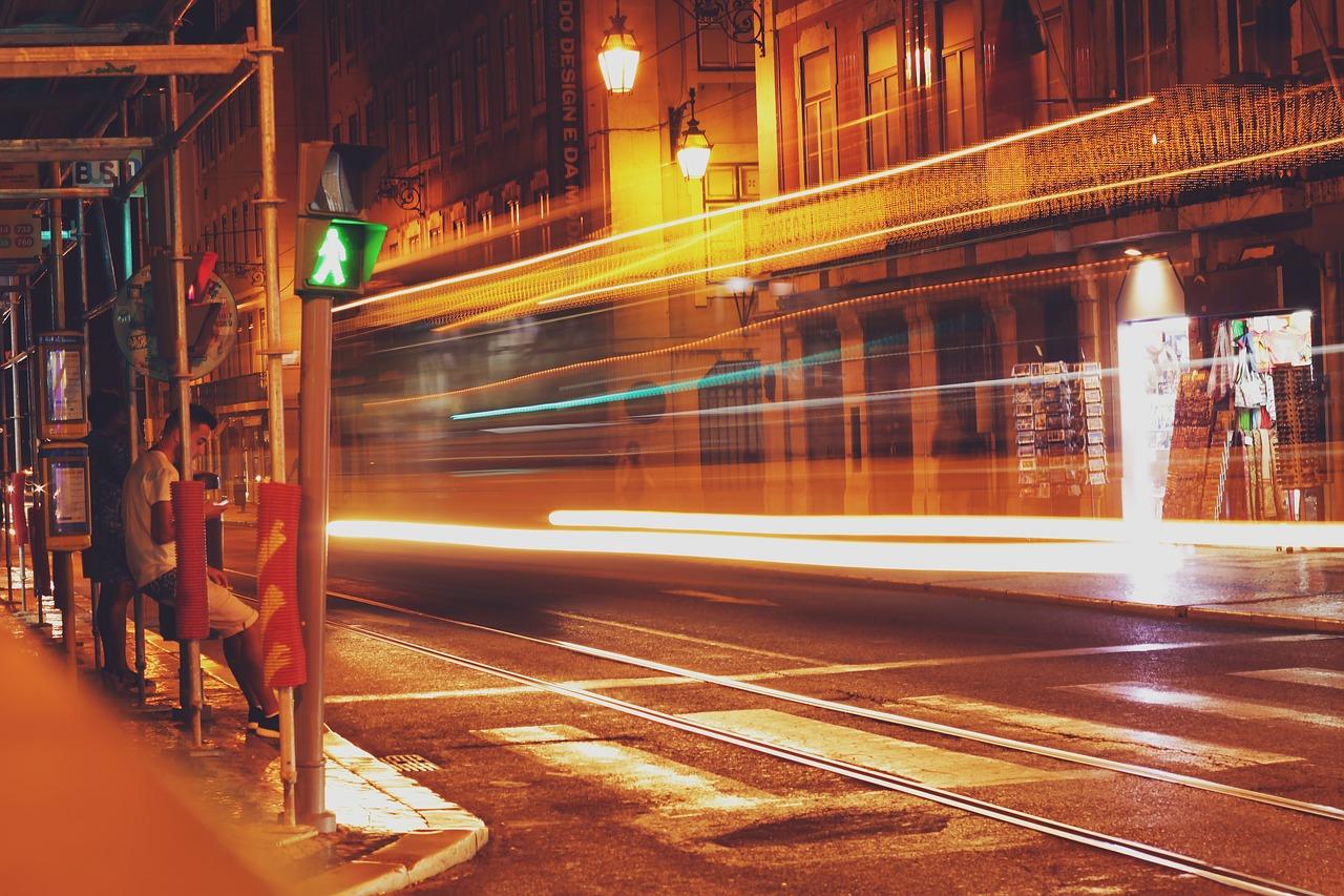 Ночь в Лиссабоне - улицы не спят, а Вы?