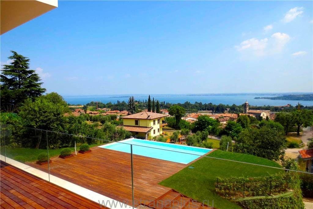 Acquistare una villa sul Lago di Garda con piscina privata