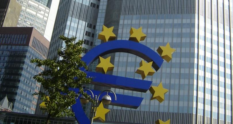 Голубая Карта ЕС: способ иммиграции в Германию для квалифицированных специалистов